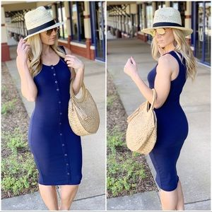 ✨RESTOCKED✨Navy ribbed Button Up midi dress